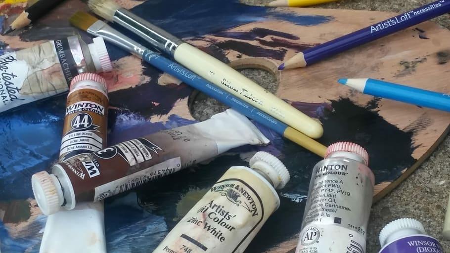 Oil Painting Supplies Every Beginner Needs