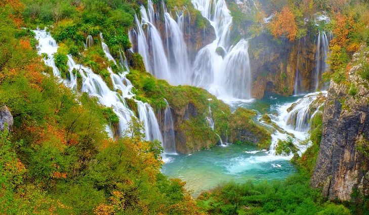 amazing-places-in-Plitvice-Lakes-Croatia