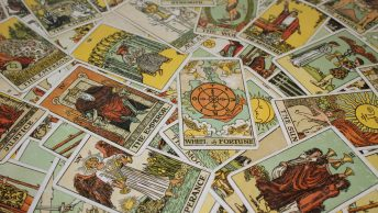 What is the difference between Tarot Cards, Oracle Cards & Angel Cards?