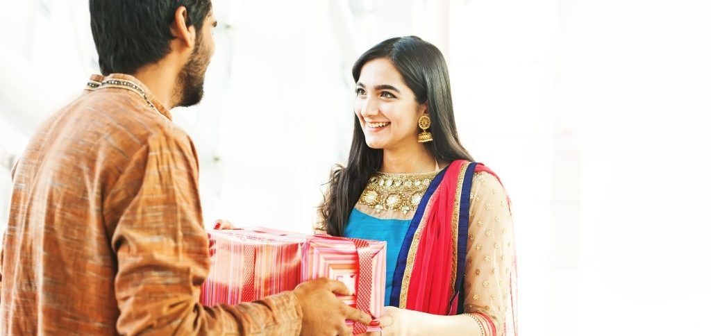 7 Exceptional Gifts That Your Brother Cannot Deny On Raksha Bandhan 2021
